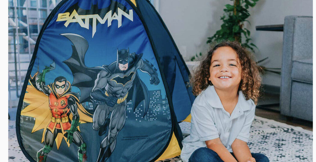 Sunny Days Entertainment Batman Pop Up Play Tent